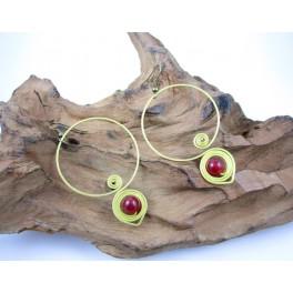 Boucles d'oreilles en Laiton et Pierre Rouge - BC061