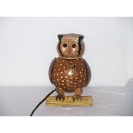 Lampe Chouette sur sa branche en Noix de Coco