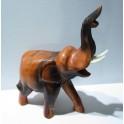 Eléphant sculpté en bois de Suar 25x17