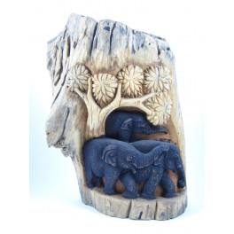 Famille d'Eléphants dans la forêt sur Souche de Teck - 37 cm