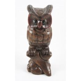 Chouette sur sa branche Sculpté en bois de suar 26x9