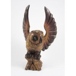 Chouette sur sa branche Sculpté en bois de suar 25x14