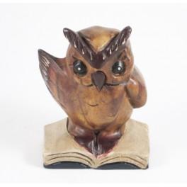 Chouette sur livre Sculpté en bois de suar 13x9