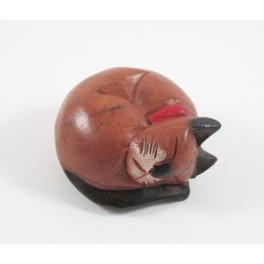 Petit chat sculpté en bois de Suar - N°58