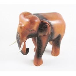 Eléphant trompe courbée sculpté en bois de Suar 18x20